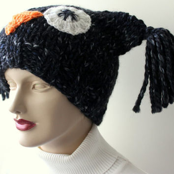 Hand Knitting Black Hat with Owl / Wool and Acrylic Blended Yarn / Soft and Warm Hat / Unisex Hat / Ready to Shipping