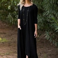 Free Falling Long Sleeve Maxi Dress - Black