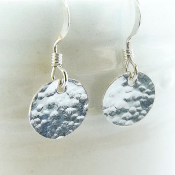Hammered Contemporary Jewelry, Hammered Silver Earrings, 925 Jewelry, Hammered Disc Earrings, Womens Earrings