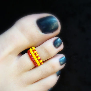 Stacking Toe Rings - Red - Yellow - Retro - Stretch Bead Toe Ring