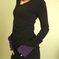 tunic top/scoop neckline/extra long sleeves Black by joclothing