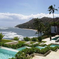 File:Shangri La - pool view with Diamond Head.JPG - Wikipedia, the free encyclopedia