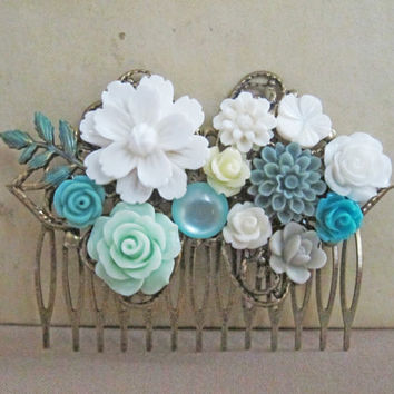 White Flower Hair Comb Blue Mint Turquoise Wedding Bridesmaid Gift Bridal Head Piece Maid of Honor Mother Sister Shabby Chic Floral Comb
