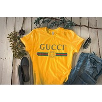 GUCCI Tide brand classic letter printing logo couple models short-sleeved T-shirt yellow
