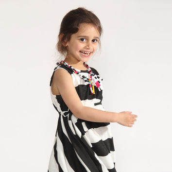 stripes print, Black & White,black and white dress, twirly dress, dress for little girls, stripes dress, 360 shape, Dress for girls, nukile
