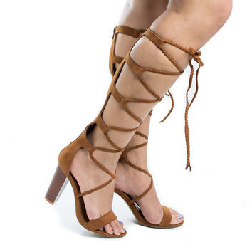 Wildfire20S Chestnut By Sully's, Knee High Braided Lace Up Gladiator Leg Wrap Heeled Sandals