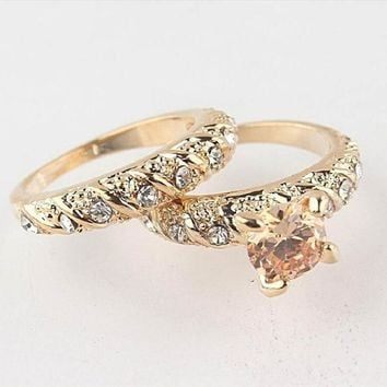 1set his her Copper Alloy Golden Engagement Ring Wedding Ring Set Men & Women Couple Ring Jewelry