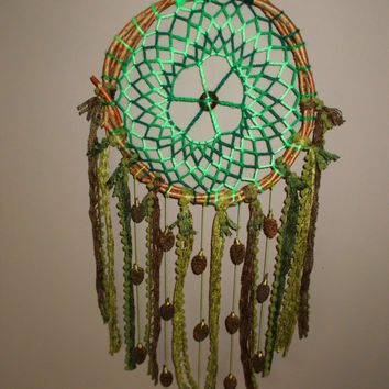 9'' Natural Green Spiral Dreamcatcher With Pine Cones - Rustic Earthy Pinecone Dream Catcher mobile - Wallhanging Boho Hippie Home Decor
