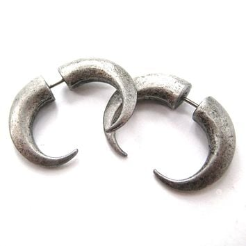 Fake Gauge Earrings: Rocker Chic Spike Hook Faux Plug Stud Earrings in Silver