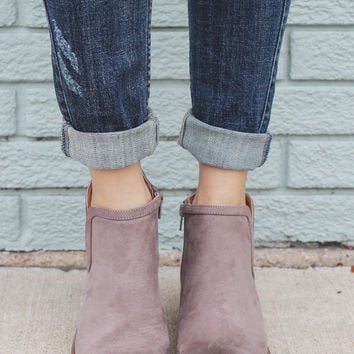 Everyday Legend Booties - Taupe
