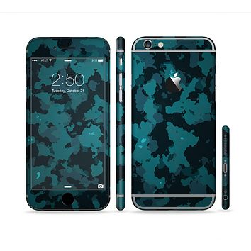 The Teal Vector Camo Sectioned Skin Series for the Apple iPhone 6s Plus