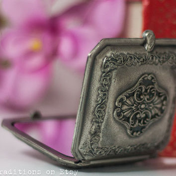Silver Tone Compact Mirror: Vintage Retro Cast Iron Pocket Mirror, Compact Case, Makeup Vanity Mirror