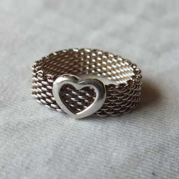 Tiffany Somerset Mesh Heart Ring in Sterling Silver Size 7 3/4 Beautiful Rare Vintage Fine Precious Metal Jewelry Free Shipping and Gift Box