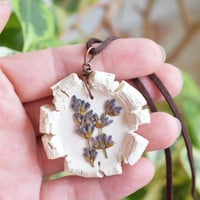 Ceramic necklace,Lavender necklace,Natural clay necklace with dried flowers,Real flower necklace,Botanical,Nature,Floral necklace,Pottery
