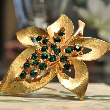 JJ Jonette Brooch Rhinestone Brooch Emerald Green Jonette Leaf Brooch 1960s 60s Mid Century Midcentury Designer Name Jewelry Brooch Pin Gold