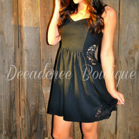 HIDE & SEEK LACE BLACK DRESS