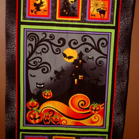 Spooky Halloween wall hanging guaranteed to catch your eye !