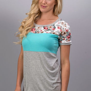 A Hint of Floral Top - Mint - Ships Tuesday 3/14