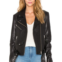 VEDA Jayne Classic Jacket in Black
