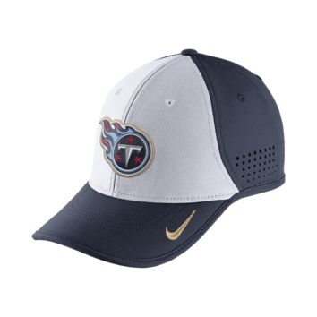 Nike True Vapor (NFL Titans) Adjustable Hat (Blue)