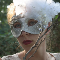 Silver White Masquerade Ball Mask Feather Gemstone Metal flower Vegan Pearl Halloween Venice angel white swan costume bridal wedding ODETTE
