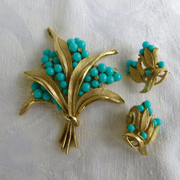 Crown Trifari Demi Parure, Turquoise Rhinestone, Brooch Earring Set, 1960s Trifari Jewelry