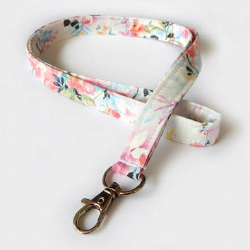 Floral Lanyard / White Floral Keychain / Pink Floral Print / Key Lanyard / ID Badge Holder / Flowers / Pretty Lanyard / School Supplies