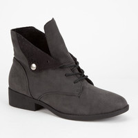 Qupid Plateau Womens Boots Black  In Sizes