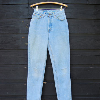 levis jeans, vintage levis 512, 90s vintage high waisted slim fit tapered jeans, Light stone wash, high waist jeans, womens SMALL  25 26