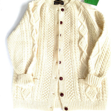 70's fisherman cardigan. Vintage Irish handknit wool sweater. Long chunky knit cardigan. Vintage dead stock.
