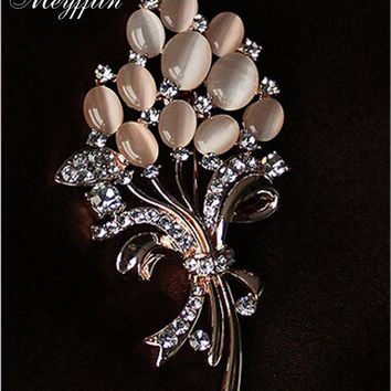 Brooches Crystal vintage Retro Gold Plated Opal