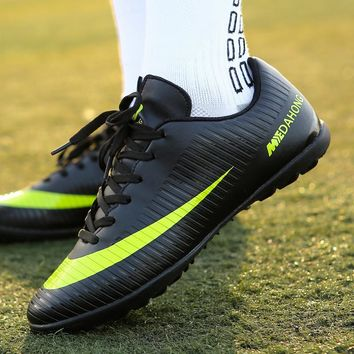 Men's Soccer Shoes Cheap Original Football Training Sports Sneakers Outdoor Superfly Chuteira TF/FG  Soccer Boots Cleated Shoes