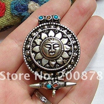 TGB086  Tibetan silver Sun God amulets Prayer box,31mm,Nepal antiqued GHAU amulet pendant,handmade jewelry