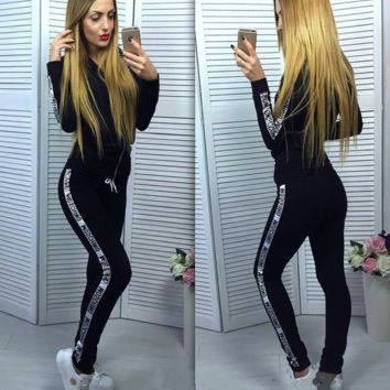 MOSCHNO Fashion Long Sleeve Print Monogram Show Thin Casual Sports Hooded Suit 4 Color
