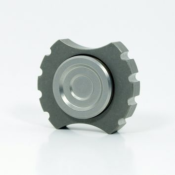 Rotobow Nano Ti - high end titanium fidget spinner