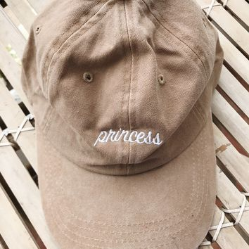 PRINCESS HAT- BEIGE