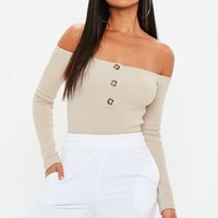 Missguided - Cream Horn Button Long Sleeve Bardot Bodysuit