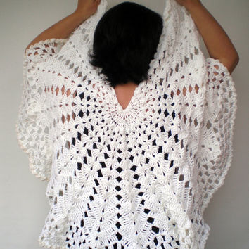 White Cream Circle Shawl  Hand Knitted mixed Wool  Wrap Woman Trendy Shawl NEW