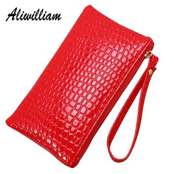 Women Clutches PU Leather Lady Wristlet Handbags Crocodile Pattern Bags 2017 Fashion Casual Mobile Phone Bag Female Evening Bag