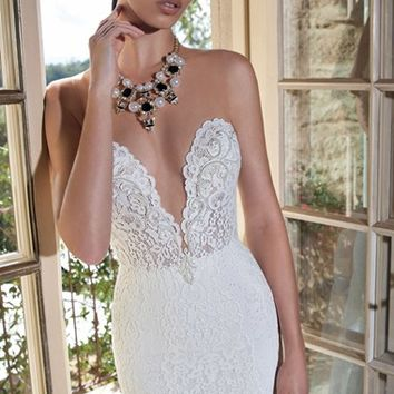 Berta Plunging V-Neck Strapless Lace Dress (In Stores Only) | Nordstrom