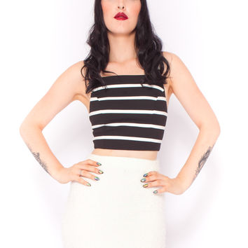 Minimalist Stripe Crop in Black