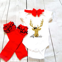 Oh deer holiday outfit, baby Onesuit for newborn and babies 6 Month, 12 Month, and 18 Month graphic baby Onesuit