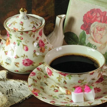 Chintz Roses Porcelain Tea for One Set with Teapot, Teacup & Saucer Giftboxed