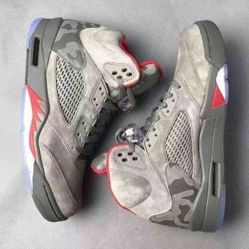 Air Jordan Retro 5 Camo Men Basketball Shoes Camouflage Trophy Room 5s V Grey Red Fash