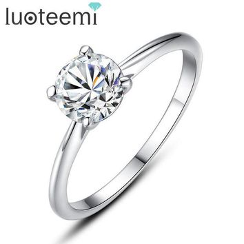 DCCKFV3 LUOTEEMI 2 Carat 8mm Hearts & Arrows CZ 925 Sterling Silver Ring Women Wedding Luxury Engagement Party Jewelry