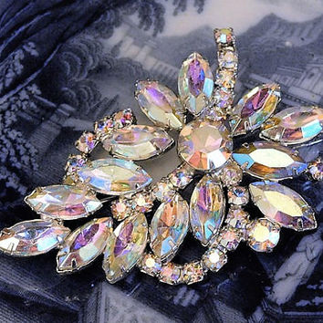 Vintage WEISS Rhinestone Brooch Aurora Borealis AB 1950s Mid Century Designer Signed Old Hollywood Wedding Bride Bridal Brooch Jewelry