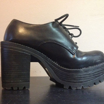 d2bba02e8c6 90s Black PLATFORM Shoes 1990s Lace Up Platform Ankle Boots Chun