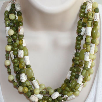 Bold Chunky Green Jade Statement Necklace, White Turquoise Beaded Jewelry, Big Green Stone Statement Jewelry, Chunky White Buffalo Necklace
