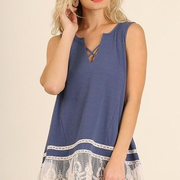 Lace Hem Sleeveless Top With Crisscross V-Neck Dolphin