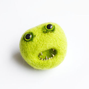 Green Monster Brooch - Halloween Monster, Zombie Needle Felted Pheeple Face Character Pin